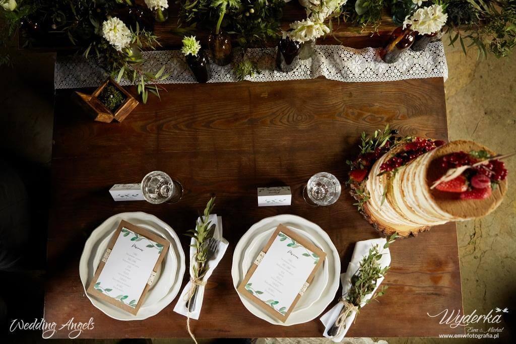 przyozdobienie stołu w stylu rustykalnym - stół_1