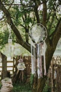 dekoracja ślubu w plenerze, łapacze snów