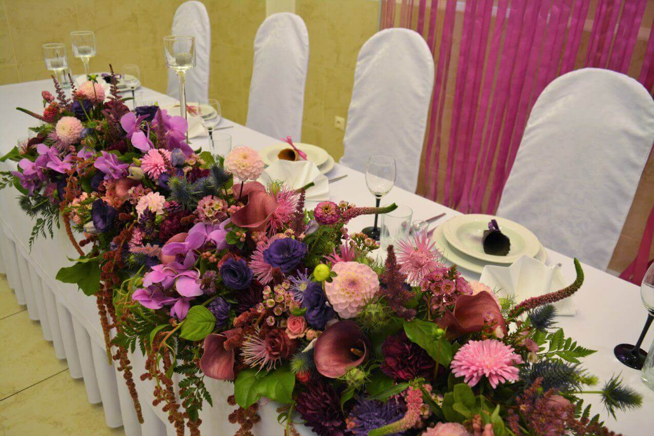 stół prezydialny na sali weselnej 1