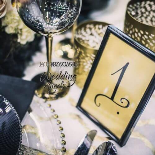 czarno złote dekoracje weselne