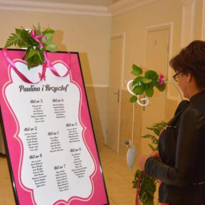tablica powitalna gości na weselu