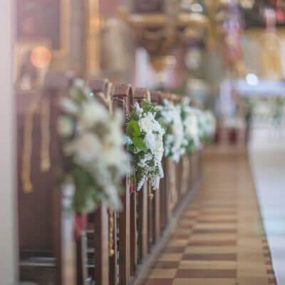 dekoracja ławek wkościele