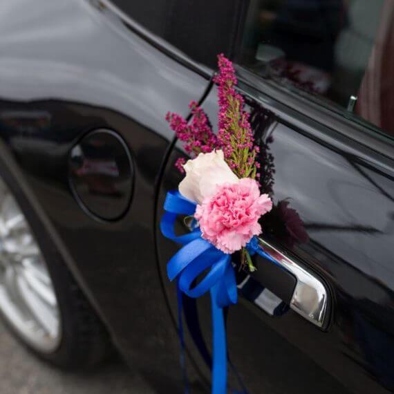 dekoracja klamek w samochodzie