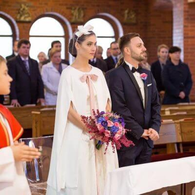 Młoda Para w kościele