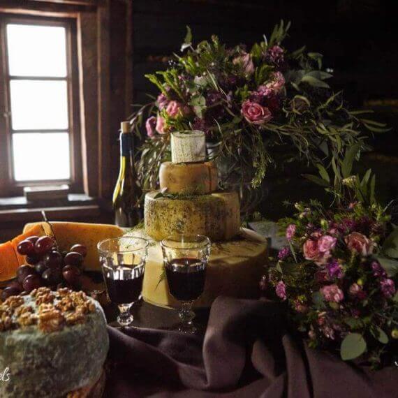 tort serowy na weselu