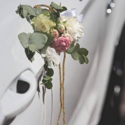 dekoracja auta doślubu