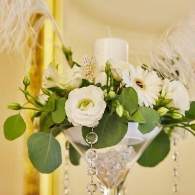 dekoracje zpiórami ikryształami