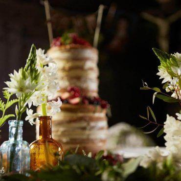 dekoracja stołu hiacynty