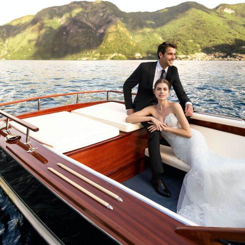 Para Młoda naczerwonej łodzi